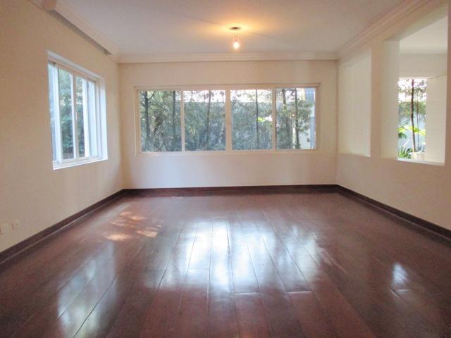 Casa de Condomínio à venda/aluguel, Vila Tramontano, São Paulo